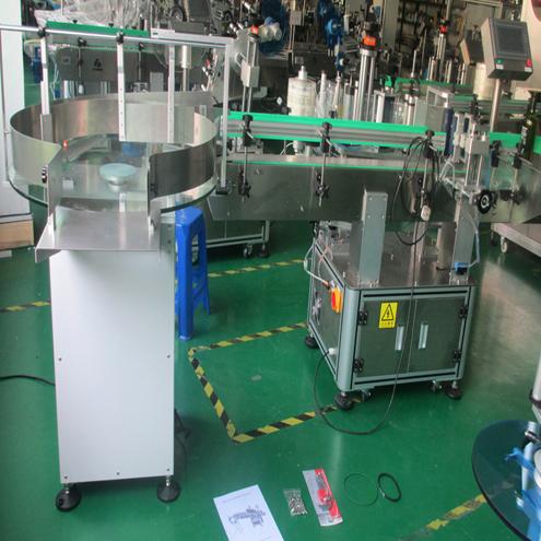 Zde jsou finální produkty strojů připravené k odeslání